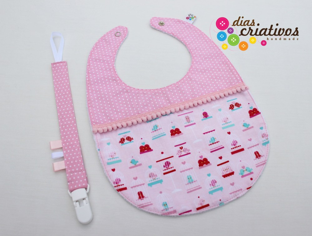 Babetes e Fitas Chucha / Baby bibs and Pacifier holders (4/5)