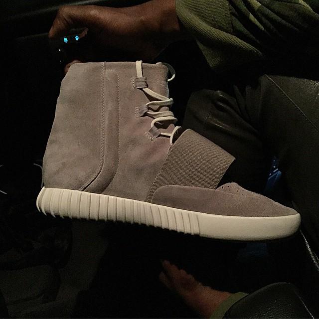 kanye-adidas-yeezyboost-side