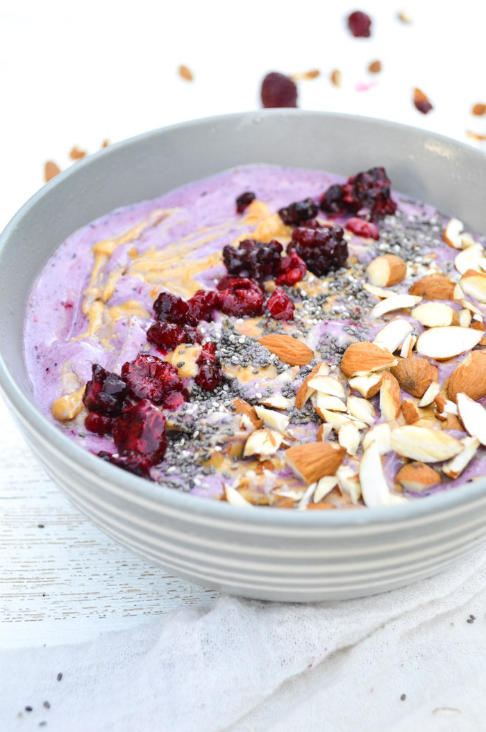 Ginger-Berry-Smoothie-Bowl-recipe-3-of-4