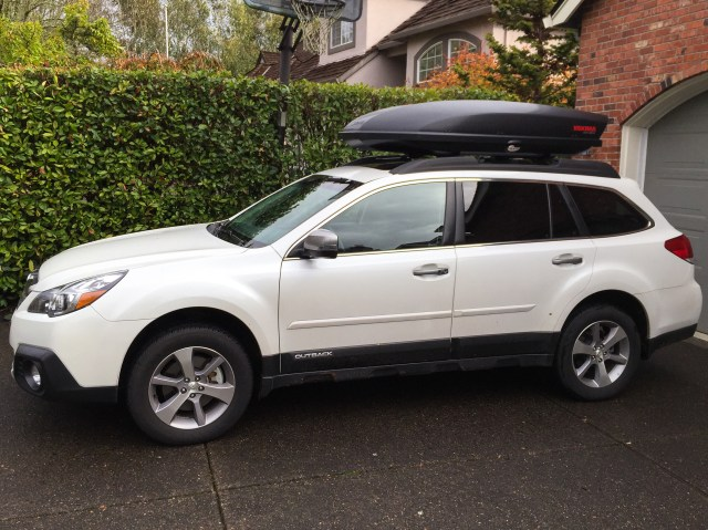 The Outback fitted for the road trip to California. The roof box would cause problems