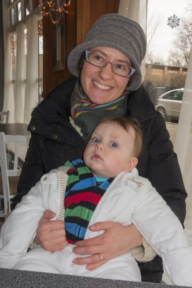 Henriët and Jurgen enjoying a hot chocolate at Fiore Baker in Riverside, Illinois