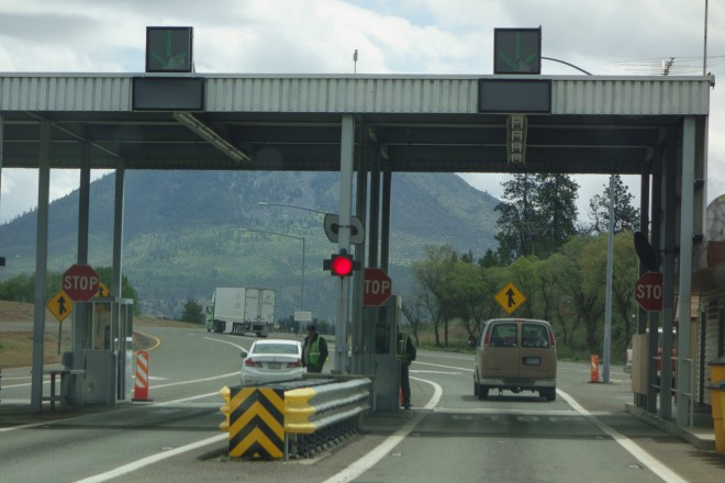 California border agricultural inspection station