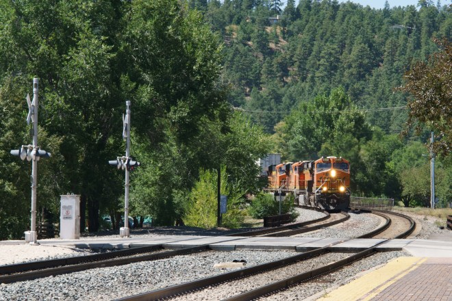 Eastbound BNSF coming around the corner to the station in Flagstaff, Arizona