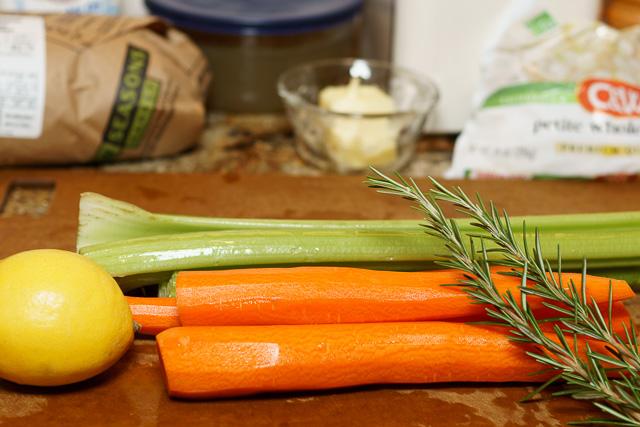 Easy chicken stew - simple ingredients