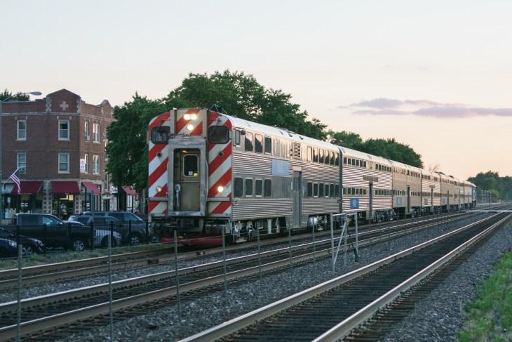 Evening inbound Metra Train at Berwyn, IL