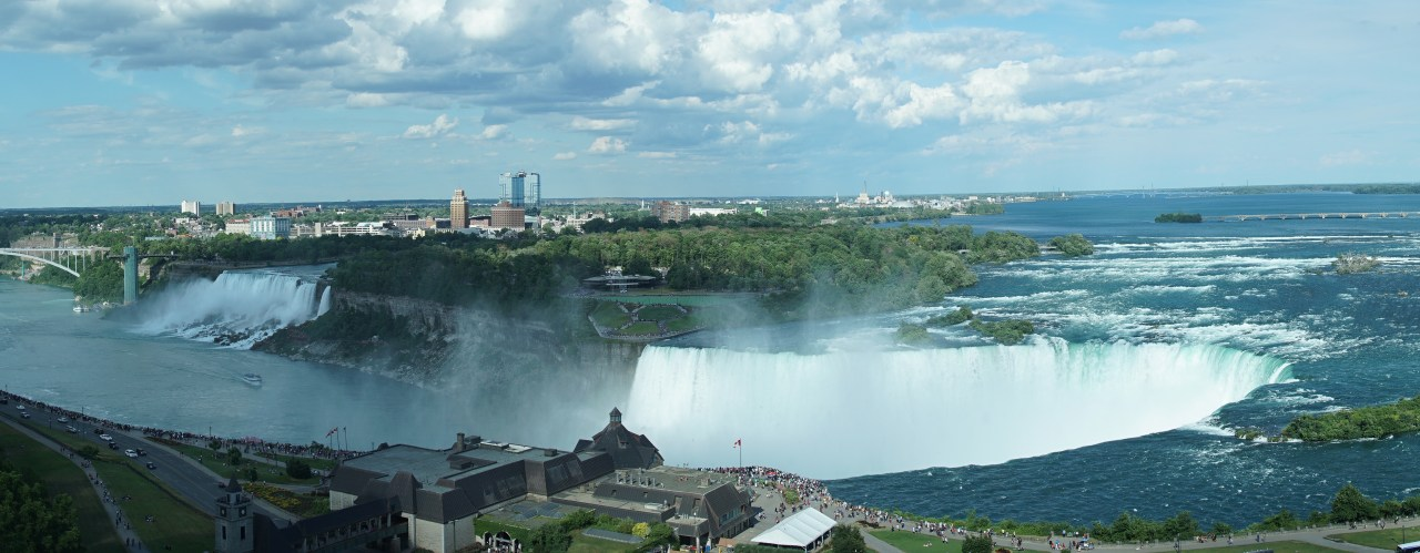 Overview of the Niagara Falls area from the Canadian side