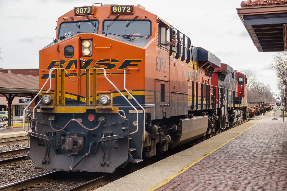 20180330 Riverside Trains DSC-RX10M4 _HWT0913