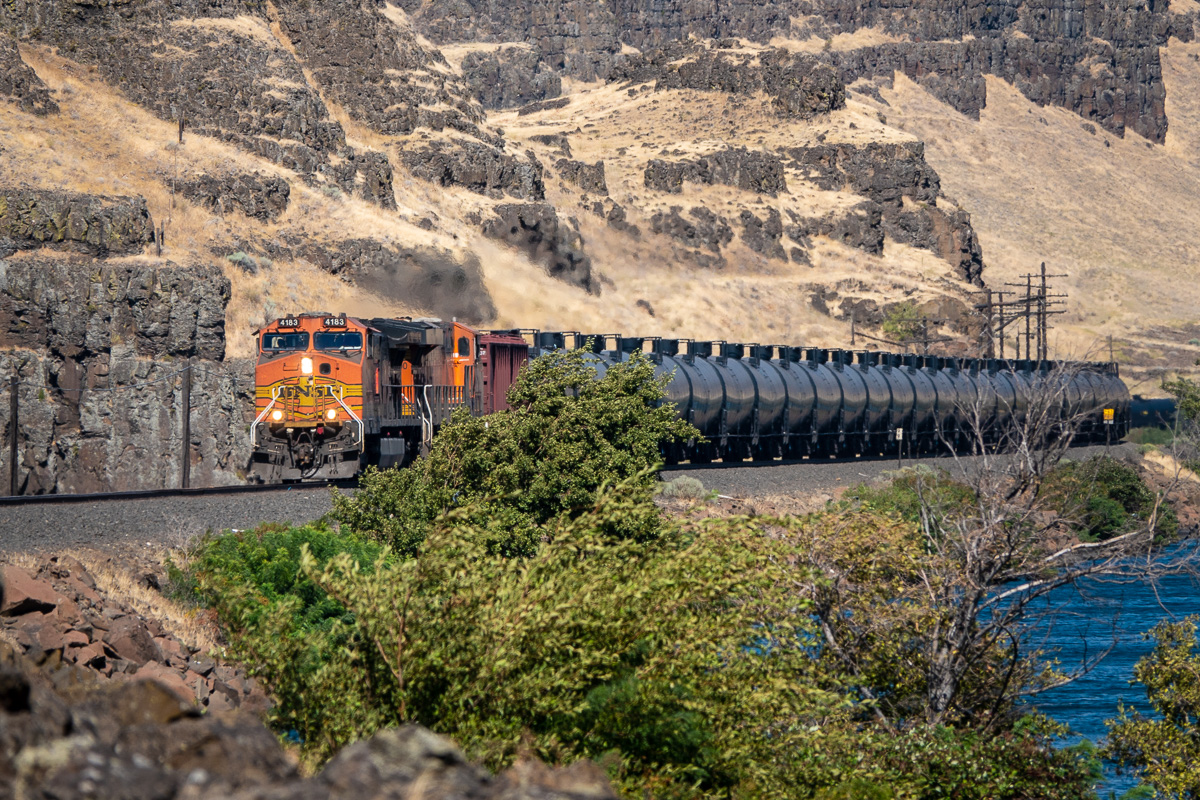 Westbound BNSF oil train at Columbia Hills Historical State Park, WA. Columbia Gorge