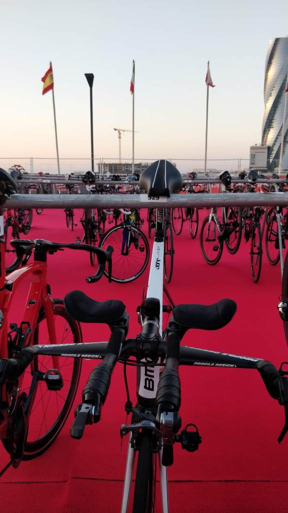 IRONAMAN 70.3 de Bahrein julien triathlete niilah marine tri triathlon