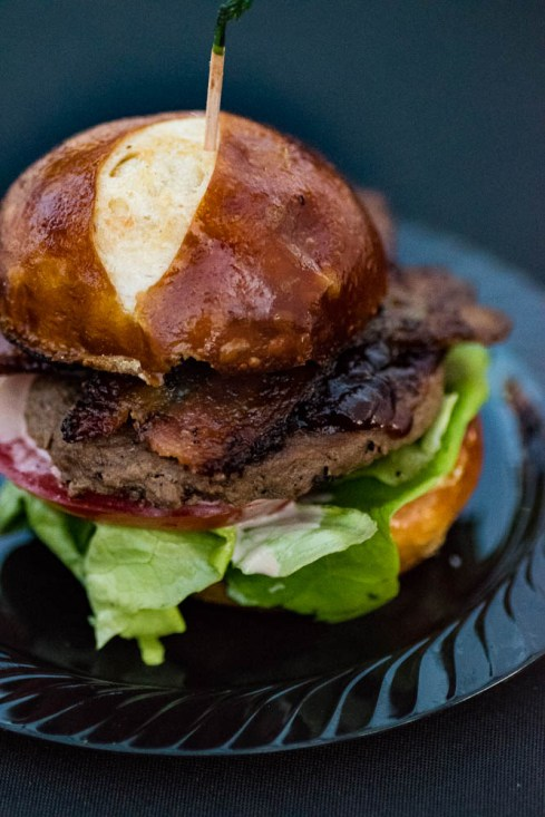 Casino Arizona: Casino Pepper Bacon Burger