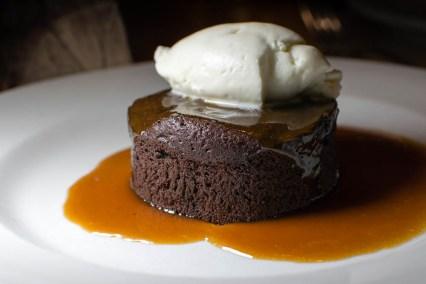 Chocolate Flourless Cake 2geekswhoeat.com
