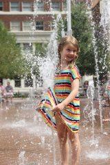 Nytt fontänbad, denna gång på Sundance Square i Fort Worth