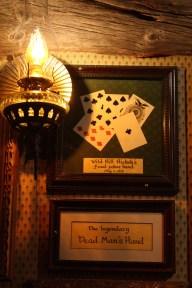 På väggen i Saloon 10