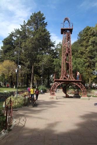 Un tour ... Eiffel ! Oui oui, dessinée par Gustave !
