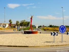 Ein Teufel angekettet im Kreisverkehr bei Santa Margalida