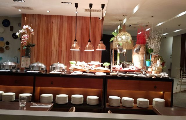 Uma Restaurant Dinner Buffet