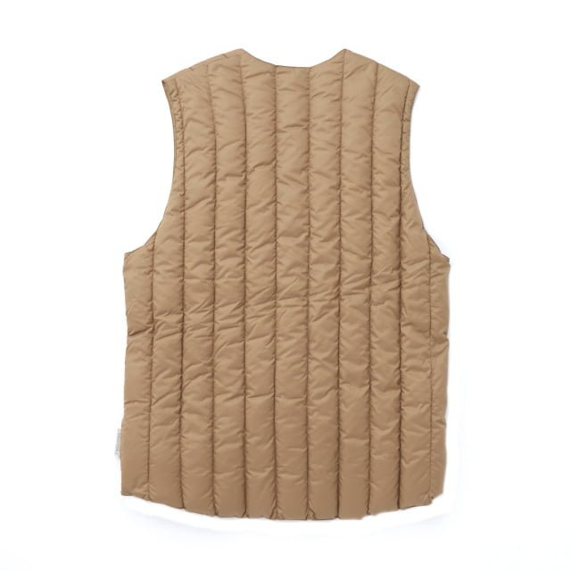 Rocky Mountain Featherbed - SIX MONTH VEST PULLOVER 輕羽絨背心 4