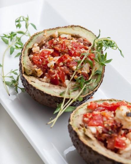 Ilona vonNo Fastfood Todayhat eineAvocado gefüllt und gebacken- etwas, auf das ich selbst nicht so schnell gekommen wäre. Vegetarisch und sicherlich auch für den Sommer super geeignet!