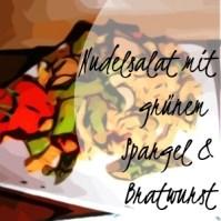 Nudelsalat mit grünem Spargel, Bratwurst und Cherrytomaten