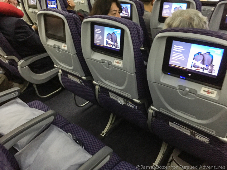 Review United Airlines Economy Class To Singapore On The