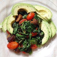 spring mix, tomato & tofurky stir-fry