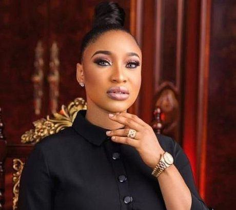 Controversial Nollywood actress, Tonto Dikeh has issued a warning to native doctors sending her DMs saying they saw her problems and can help.