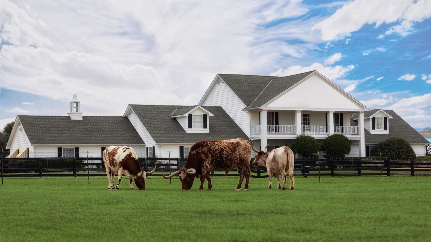 Home Tour Southfork Ranch Cowboys And Indians Magazine