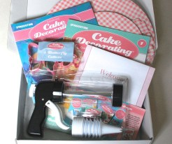 My Cake Decorating Box