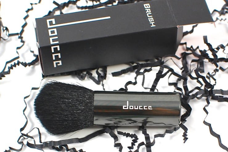 Doucce Brush