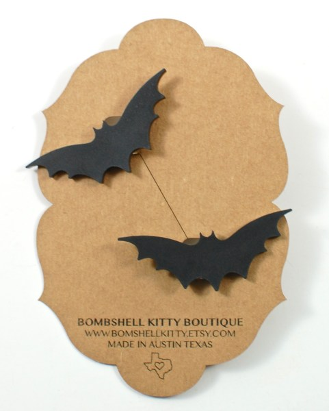 bat sweater clips