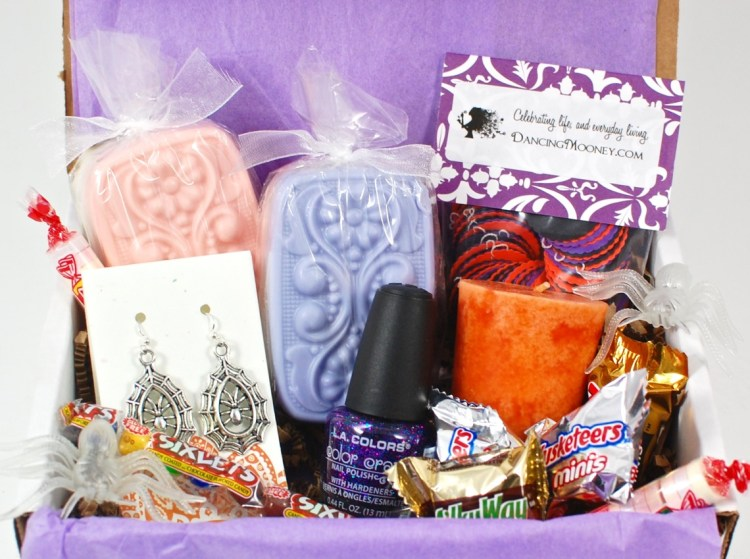 DancingMooney Monthly October 2015 Handmade Subscription Box Review