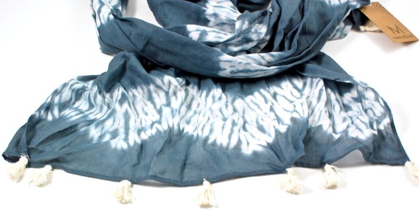 GlobeIn scarf