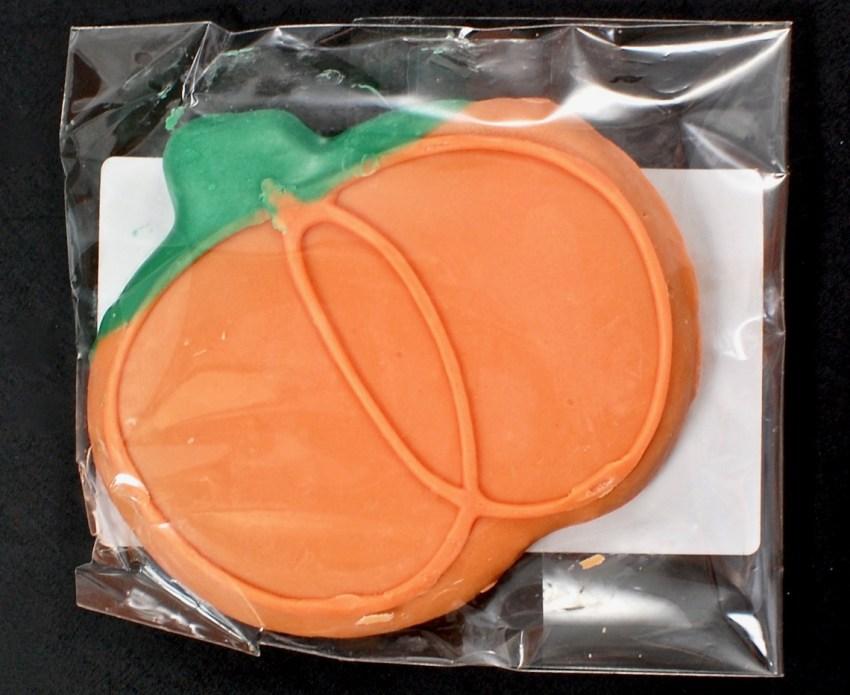 pumpkin dog cookie