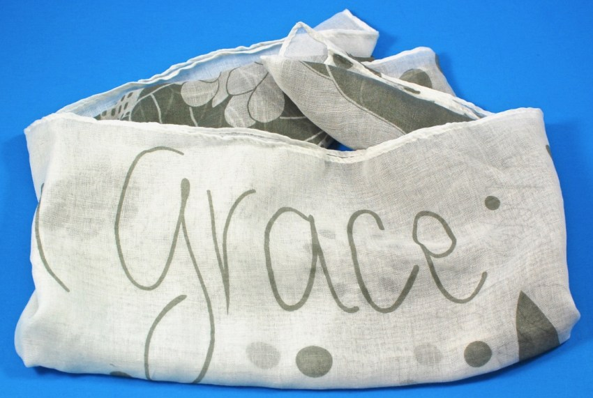 Grace scarf