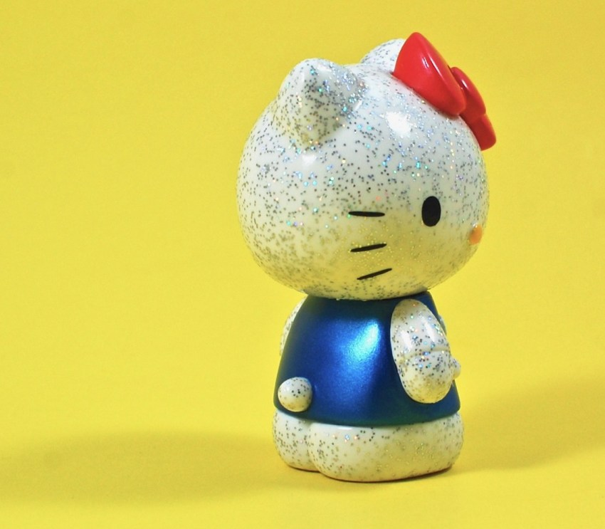 Hello Kitty glitter figure