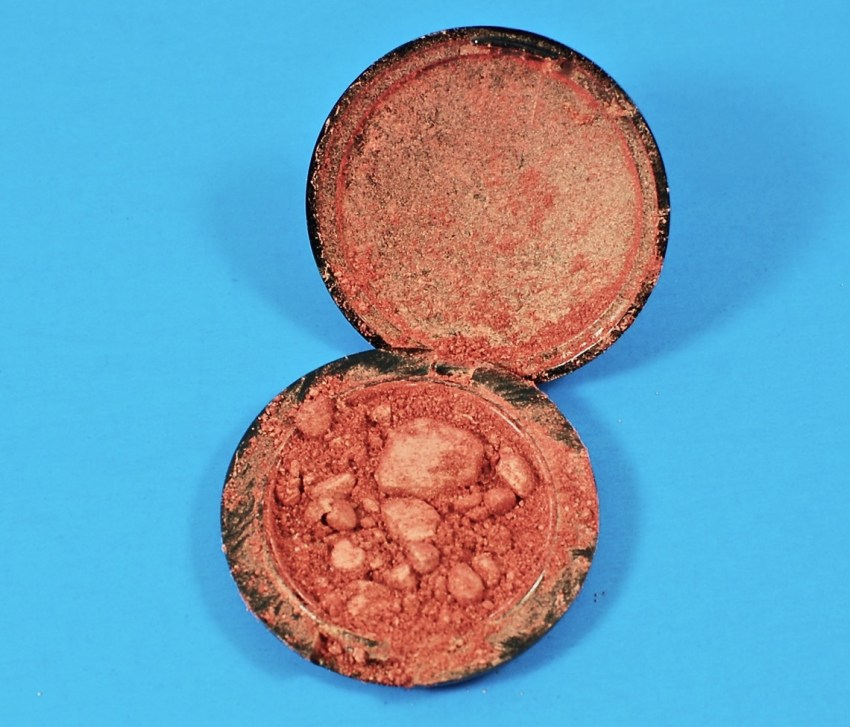 IBY Beauty blush broken