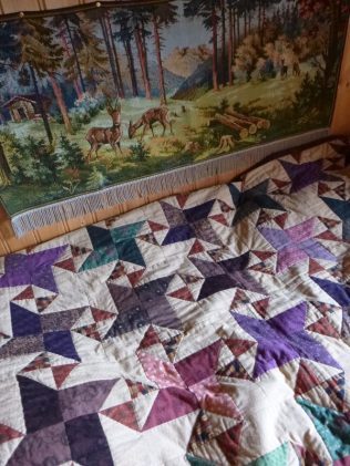 more quilt yumminess, and a needlepoint her Móðir had done