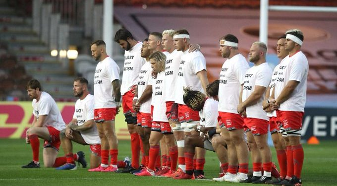 SA rugby players refuse to bend knee BLM Faf de Klerk, Lood de Jager, twins Jean-Luc and Daniel du Preez, their older brother Robert, Akker van der Merwe, Coenie Oosthuizen and club captain Jono Ross took the decision to remain standing