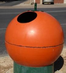 Waikerie Style rubbish bins