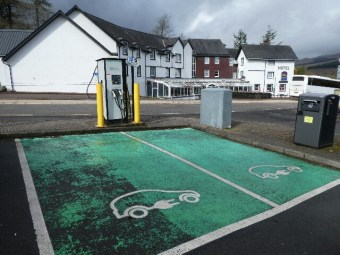 The old and the new - car recharging point and pub where we had a lovely lunch, Crianlarich.
