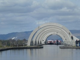 Moving back towards the Falkirk Wheel