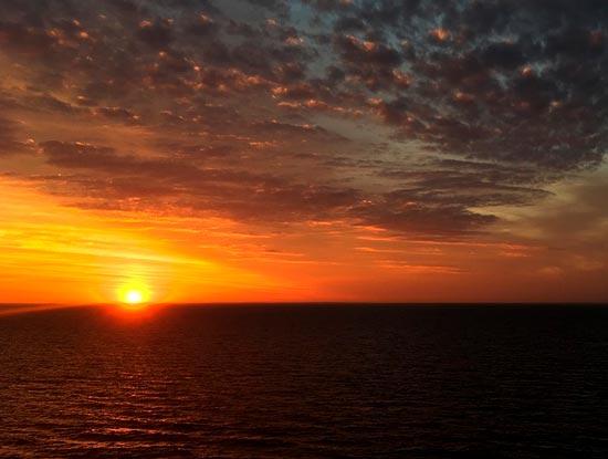 Краткое содержание Мальчик у моря Дубова за 2 минуты ...