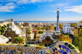 park_guell_in_barcelona_spain_on_a_sunny_day