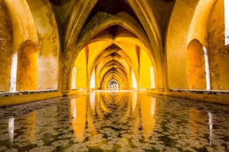 seville_baths_of_lady_de_padilla_real_alcazar