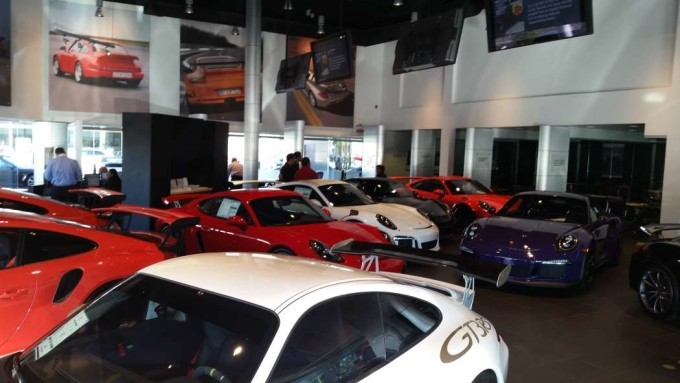 6 Porsche Gt3 Rs At The Auto Gallery