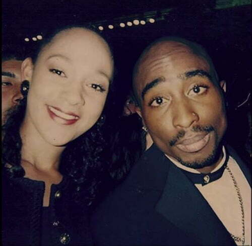 tupac-and-fan-mgm-las-vegas-march-16-1996