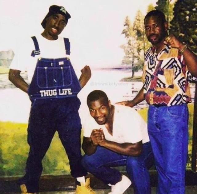 2Pac & Watani Tyehimba visiting Mike Tyson in prison at the Indiana Youth Center in 1993
