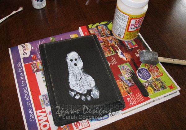 Ghost Footprint Plaque: Mod Podge