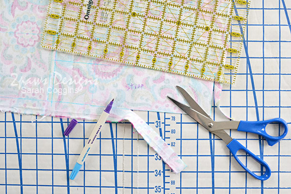 Small Vinyl Organizer Bag Tutorial: Measure & Cut Fabric