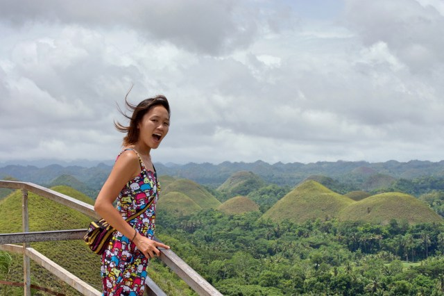 Real windy up on the Chocolate Hills viewpoint today.